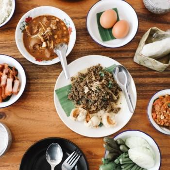 รีวิว ' เชียงใหม่ ' ที่ครบที่สุดในสามโลก EP.1   10 ร้านอาหารอร่อยในเมืองเชียงใหม่
