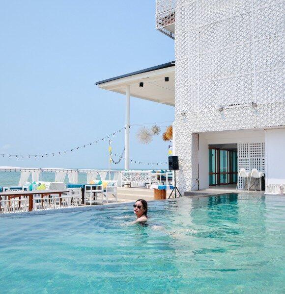 อยู่ไทยก็ไปนอนพูลวิลล่ามัลดีฟส์ได้ ที่ Maldives beach resort จ.จันทบุรี  